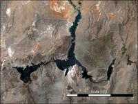 Small Color Landsat Photo of Lake Mead May 2004 with scale bar