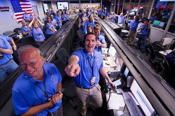 MSL Curiosity Team celebrates landing on Aug. 5, 2012 at JPL