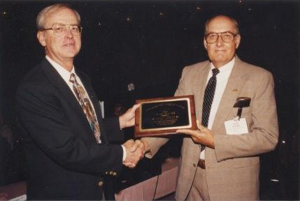 Thomas E. Hendrix Recieving Neil Miner Award