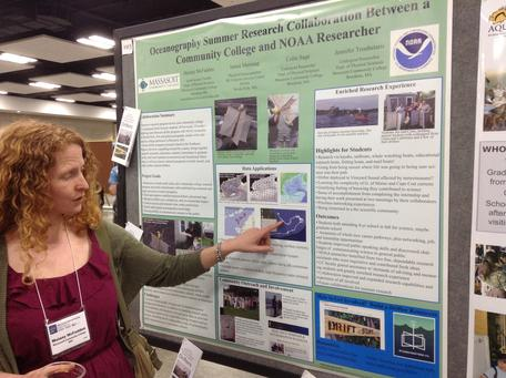 SAGE 2YC COSEE-Pacific Partnership workshop participant giving a poster at the 2014 Ocean Sciences meeting