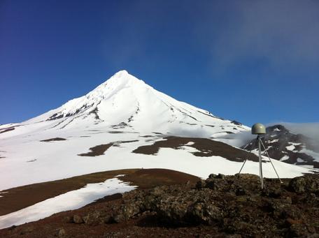AV24 GPS station