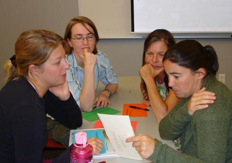 CP09 participants discuss moving their research to a PUI