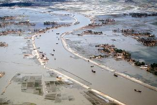 Cyclone-related flooding in Bangladesh