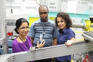 Graduate students conduct experiments on the Biomedical Imaging and Therapy (BMIT) beamline at the Canadian Light Source synchrotron
