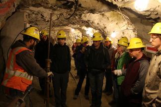 UNC Students Tour a Mine