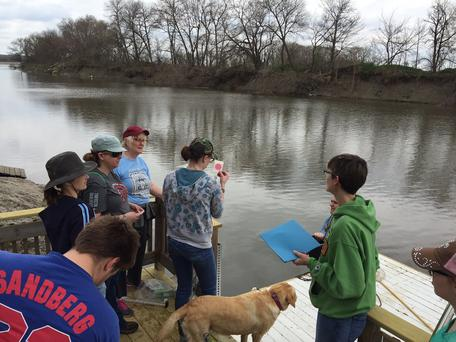 SEED 412 field trip on Missouri River tributary