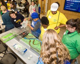 Students participating in Expanding Your Horizons (EYH), A Hands-On STEM Conference for Middle School Girls and their Parents at University of Kentucky.