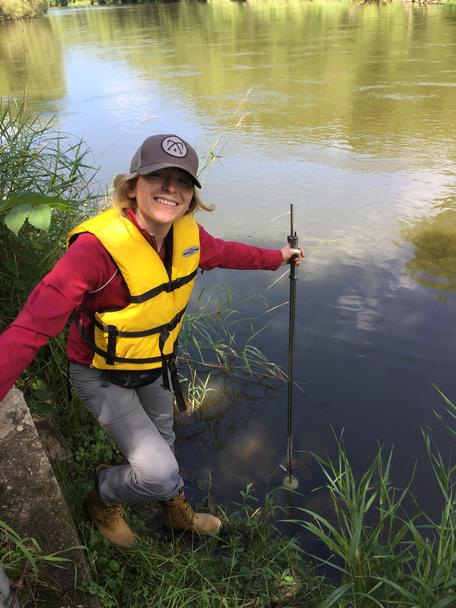 Gathering water quality data at the Cannon River in Minnesota