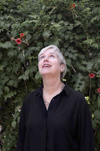 Dr. Lindy Elkins-Tanton