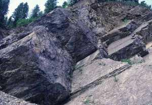 picture of jointed rock