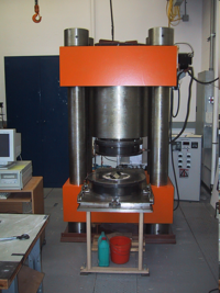 multi anvil at the Geophysical laboratory