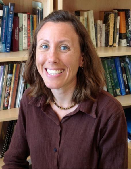 Alysa Remsburg headshot