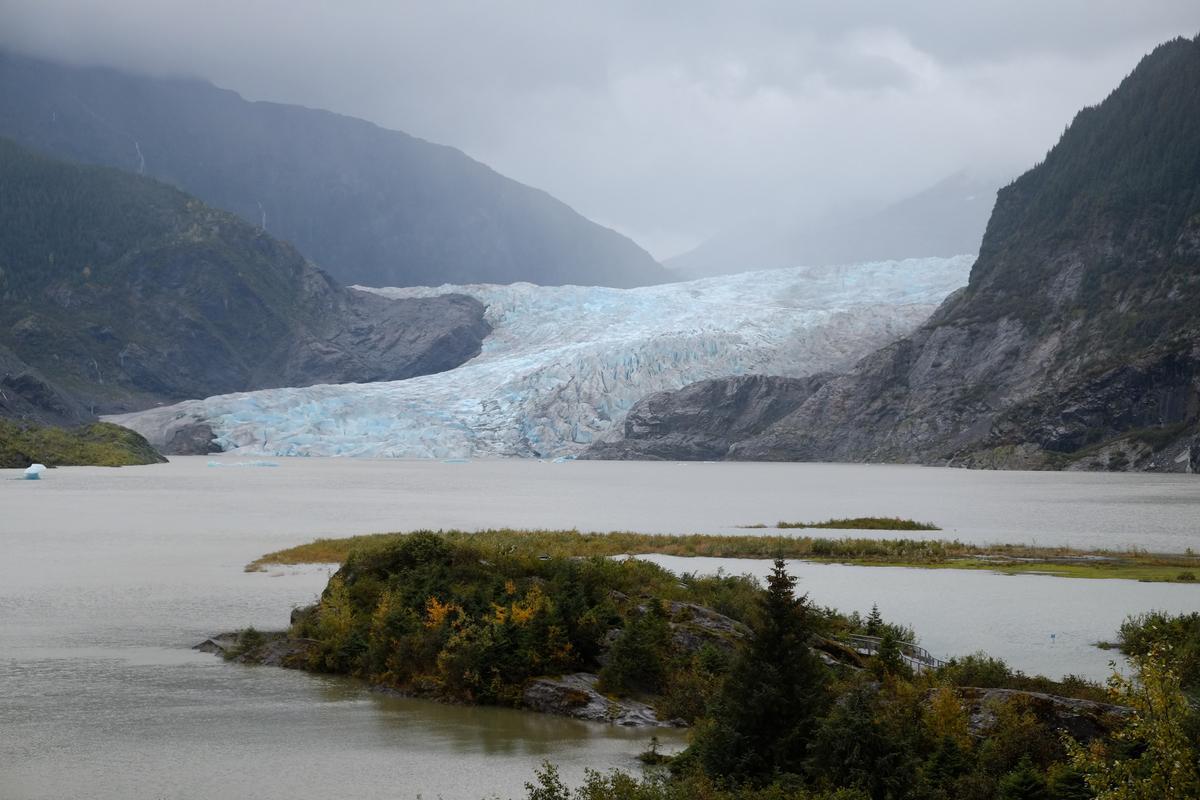Mendenhall Glacier, Alaska. Photo Credit: Mark Hogan, Flickr